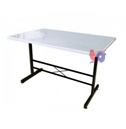 FIBER GLASS TABLE ( 2.5FT x 3.5FT / 2.5FT x 4FT )